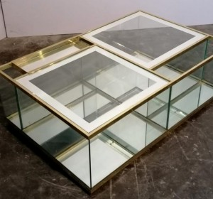 Italian Coffee  table Bar Cart, in Brass, Golden Glass and Mirror,1970 in the manner of Marco Zanuso by Sormani