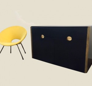 Italian Cabinet with brass finishes by Willi Rizzo