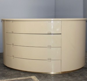 Italian lacquered Beige chest of drawers from the 70′s.