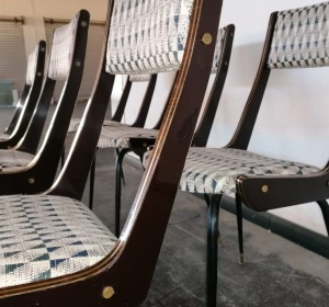 Midcentury Italian  set of chairs with brass details and  elegant rafia tapestry